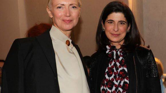 ... der VOGUEFashion's Night Out 2015 nämlich, die wieder in zahlreiche Shops in Berlin einlud. Gesichtet wurden unter anderem Vogue-Chefin Christiane Arp und Dorothee Schumacher in deren Shop in der Schlüterstraße ...