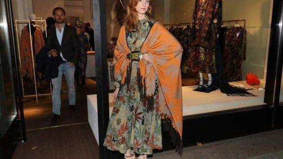 Sara Sperling, Pressedame von Wunderkind, machte in ihrem Outfit eine tolle Figur.