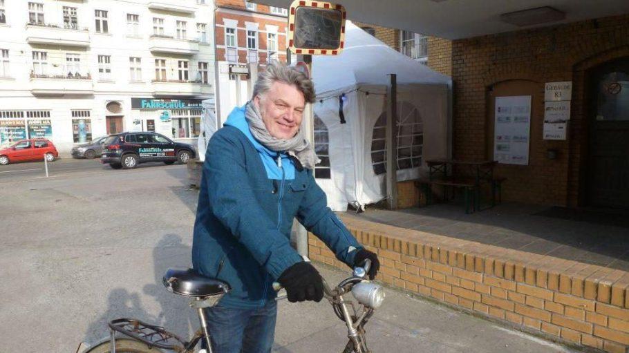 ... passieren auf unserer Tour entlang der Wilhelminenhofstraße den 'Lecker Burger' ...