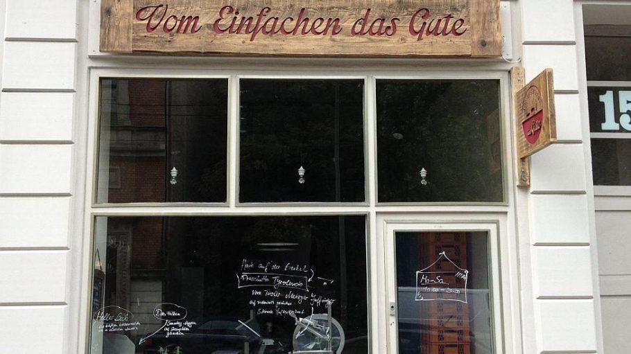 Der Laden in der Invalidenstraße von außen.
