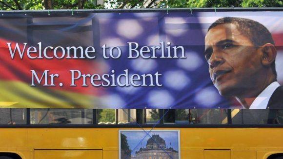Unsere Stadt heißt Barack Obama willkommen - wie hier auf einem Sightseeing-Bus zu sehen ist.