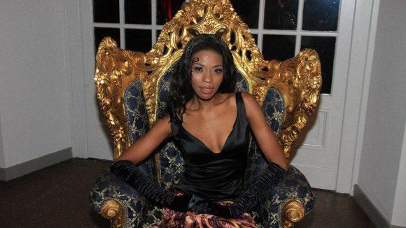 Oumy Sahko ist Chefin der Modelagentur Unique Personalities, deren Schönheiten an diesem Abend auf dem roten Teppich zu sehen waren.