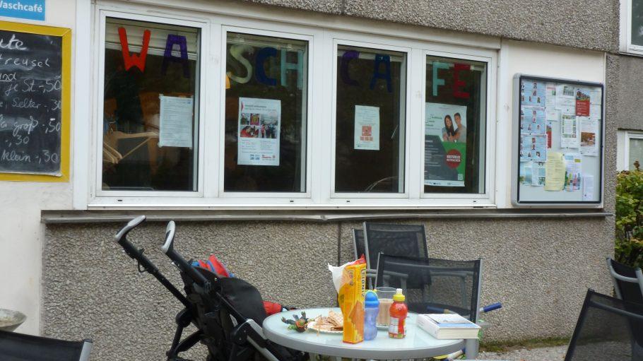 Das Waschcafé in der Spandauer Neustadt ist montags bis freitags von 15 bis 18 Uhr geöffnet.