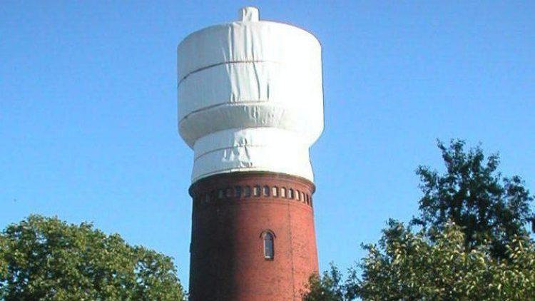 Der Wasserturm ist ein Wahrzeichen des Ortsteils Altglienicke.
