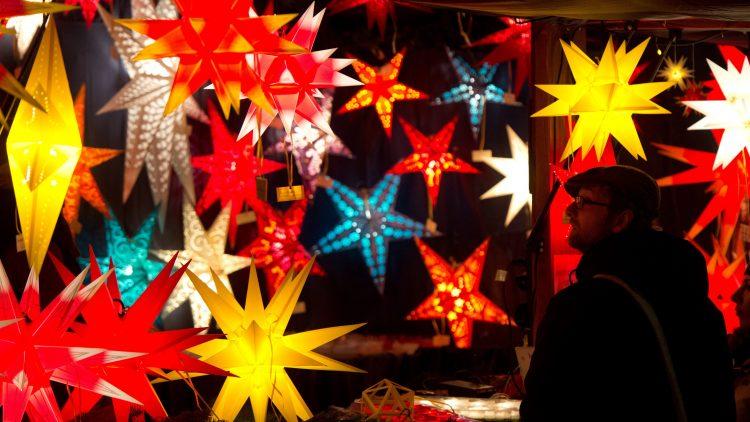 Kunstvolle und romantische Weihnachtsmärkte locken die Besucher nach Reinickendorf.