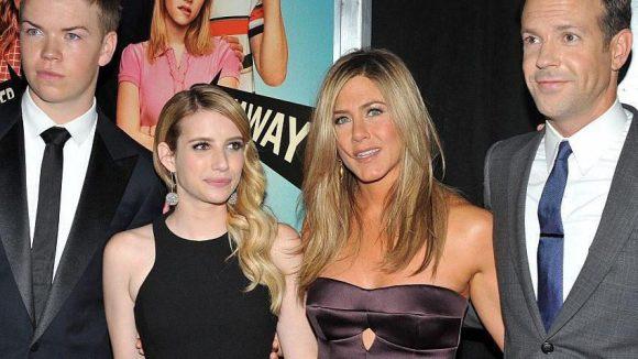 """Die Protagonisten von """"We are the Millers"""" bei der US-Premiere des Films: Will Poulter, Emma Roberts, Jennifer Aniston und Jason Sudeikis (v.l.)."""