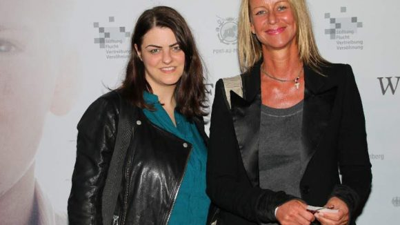 Zu den geladenen Gästen gehörten auch Dokumentarfilmerin Aelrun Goette (rechts) und Produzentin Korinna Roters ...