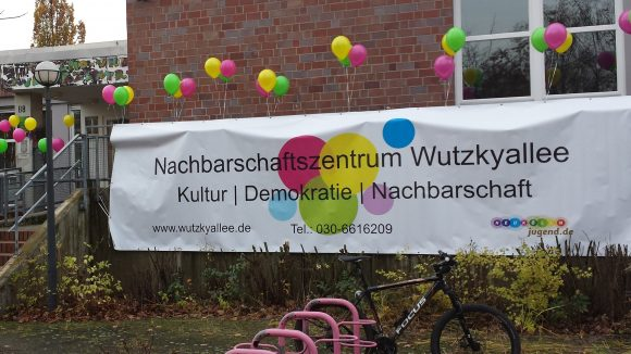 Das Nachbarschaftsheim Wutzkyallee in der Gropiusstadt.