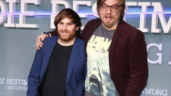 Außerdem YouTuber MrTrashpack (l.) und Moderator Nils Bokelberg.