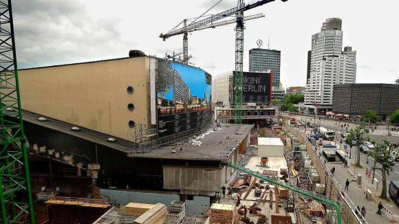 Die Baustelle am Zoo-Palast wird nicht so schnell verschwinden.