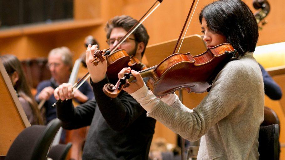 Zwei Mitglieder des Deutschen Symphonie-Orchesters - auch sie werden beim Ultraschall Festival neues Territorium betreten.