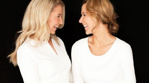 Die Zusammenarbeit läuft: Denise (links) und Kathrin vom Weißenseer Modelabel Four Flavor.