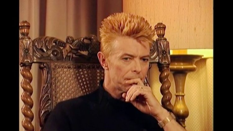 Filmstill von David Bowie aus dem Fily Why Are We Creative?