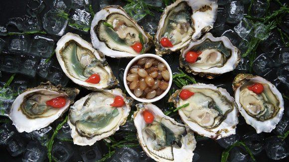 Austern sind wohl eines der bekanntesten Aphrodisiaka.