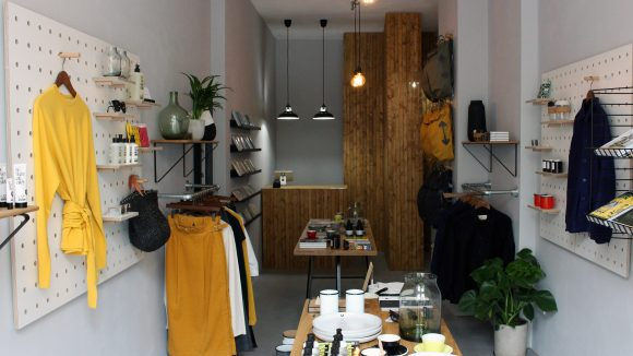 Ob Mode, Bücher oder Wohnaccessoires: Im Argot Life Store findest du wunderbare Dinge, die du verschenken kannst.