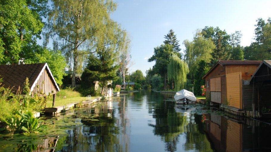 So schön ist es in Rahsdorf am Müggelsee – und hier wird jetzt doch nicht versteigert.