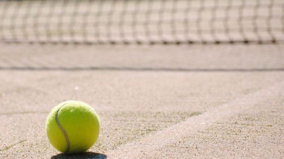 Auch jenseits von Bling-Bling wird Tennis gespielt wie im Verein TC Mitte.