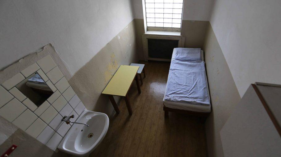 Das hier ist dein neues Zuhause im Stasi-Knast– zumindest in der VR-Doku im Gefängnis Hohenschönhausen.
