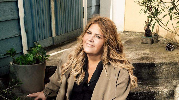 Curvy Fashion: Ilka macht jetzt Mode für Frauen ab Kleidergröße 42.
