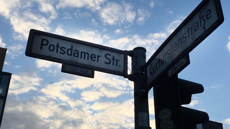 Ein Stripclub, eine Szene-Bar, viele Galerien und jeder Meter anders: Das ist die Potsdamer Straße.