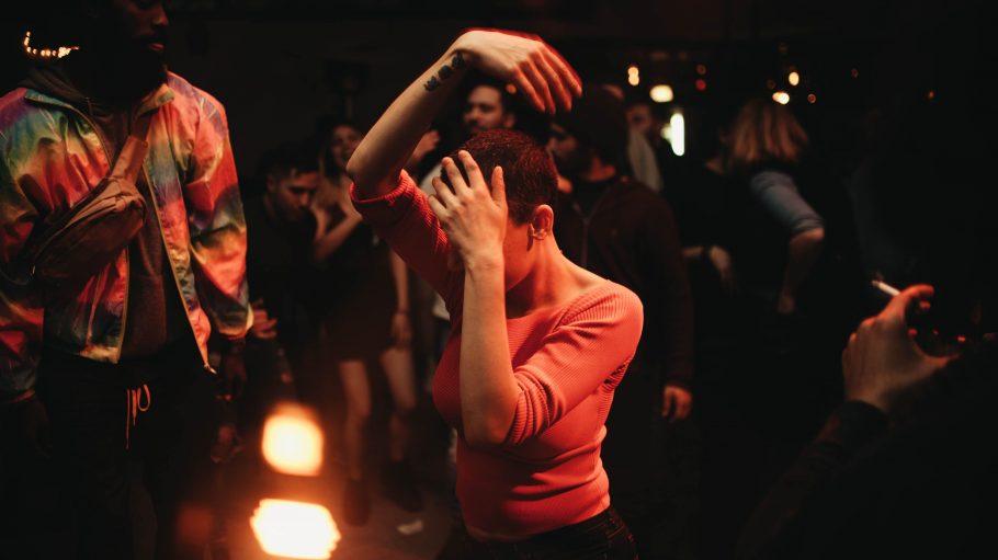 Am Dienstag ist das Wochenende noch in weiter Ferne, aber in Berlin kannst du trotzdem ordentlich tanzen.