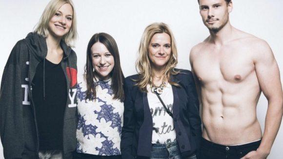 Anja Tillack mit Lucy Griffin von WGSN (2.v.l.) und Models. (c) Tillack