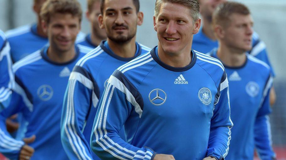 Nationalspieler wie Bastian Schweinsteiger, Thomas Müller oder Christoph Kramer kann man ab heute am Potsdamer Platz treffen.