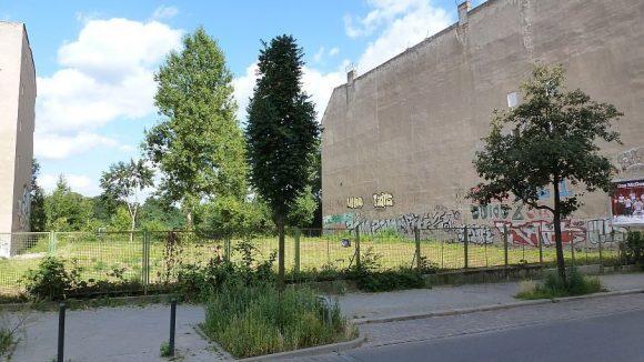 Noch gibt es in der ganzen Stadt Baulücken wie diese. In Tempelhof-Schöneberg sollen sie nun verstärkt geschlossen werden.
