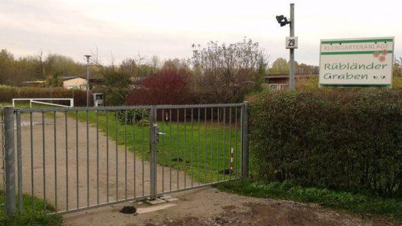 Durch die vielen Kleingärten im Nordwesten Karows führt kein öffentlicher Weg.