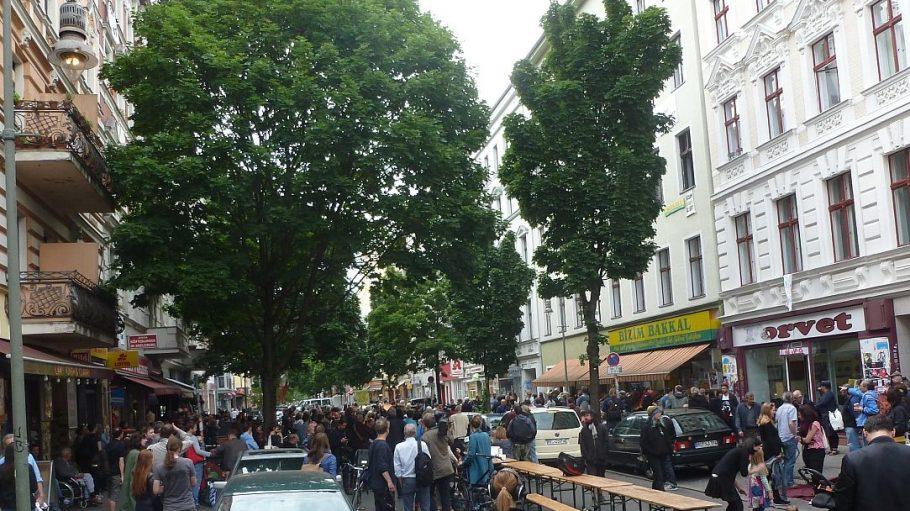In den letzten Wochen hatten Unterstützer von Bizim Bakkal wiederholt mittwochs in der Wrangelstraße demonstriert.