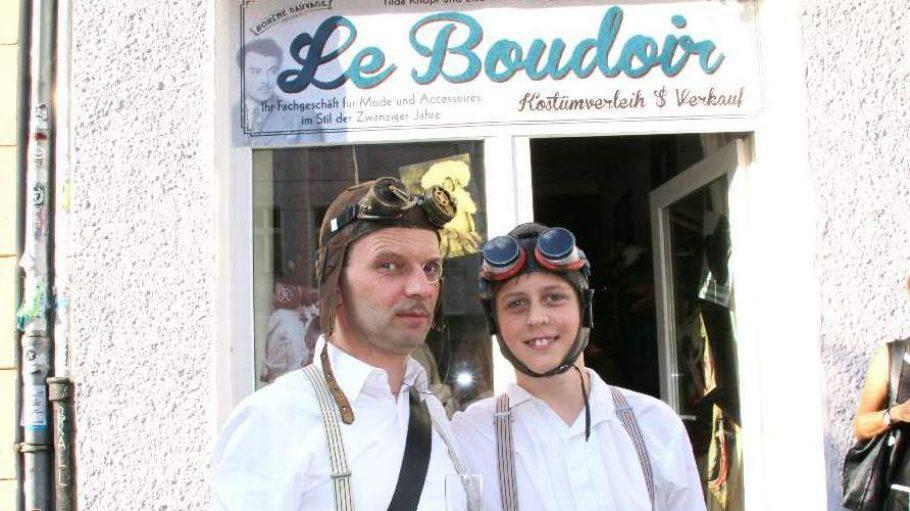 Am 23. Juli feierte der Kostümverleih Le Boudoir Voreröffnung mit einem Sektempfang.