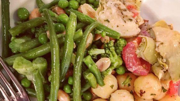 Bohnen, Kartoffeln und Artischocken: Manchmal ist das vegane Angebot überschaubar.