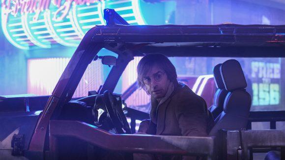 Bringt der Chirurg Duck Teddington (Justin Theroux) Leo auf die richtige Fährte?