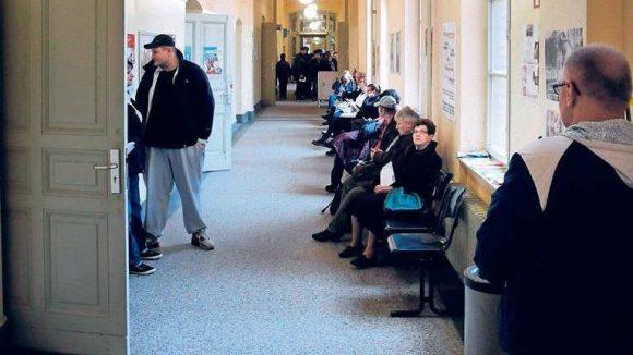 In Berlins Bürgerämtern sollen die Wartezeiten kürzer werden. Neukölln hat in diesem Jahr bereits 20 neue Stellen besetzt.
