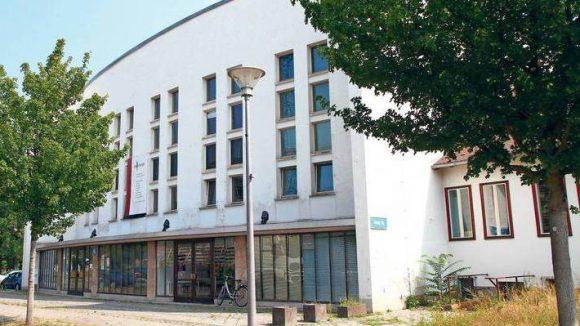 Großes Theater im ehemaligen DDR Fernsehzentrum Adlershof.