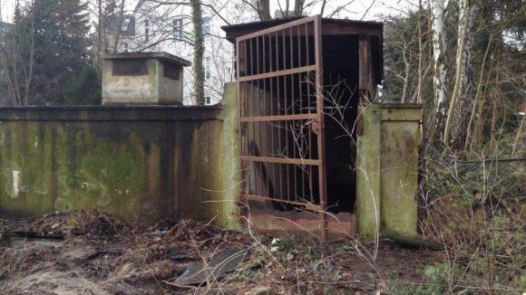 Der ehemalige Flachbunker in Lankwitz. Heute gibt's nur noch seine Reste unter der Erde ...