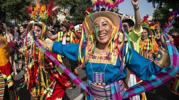 Zum Jubiläum findet der Karneval der Kulturen mit gewohntem Programm statt, bevor er im nächsten Jahr mit einem neuen Konzept an den Start gehen soll.