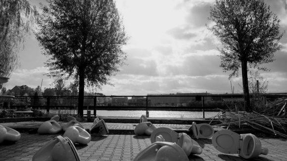 Die Keramik liegt heute nicht mehr auf der großen Terrasse, der Club wird eröffnet! ©Ralph Oechel