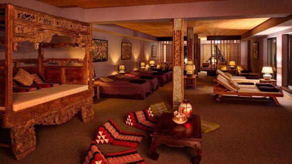 Die Qual der Wahl: Zum Entspannen stehen Betten, Liegen und Sitzkissen bereit.