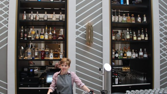 Upside Down Bar in Mitte