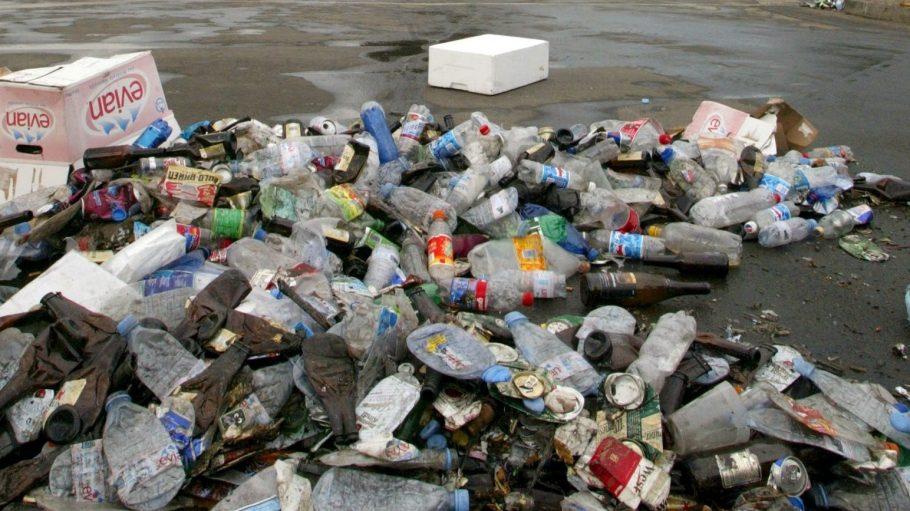Verantwortung für unseren Spielplatz! Der Soldiner Kiez will mit einer unkonventionellen Aktion für Sauberkeit sorgen.