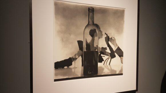Bei Irving Penn wird mondäne Modefotografie zu Kunst.