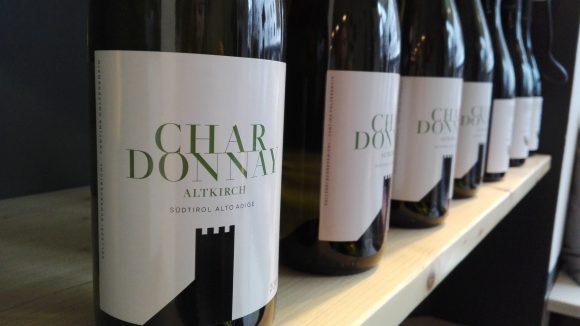 Zehlreiche Weine und Feines aus dem schönen Alto Adige gibt es seit kurzem am Stuttgarter Platz.