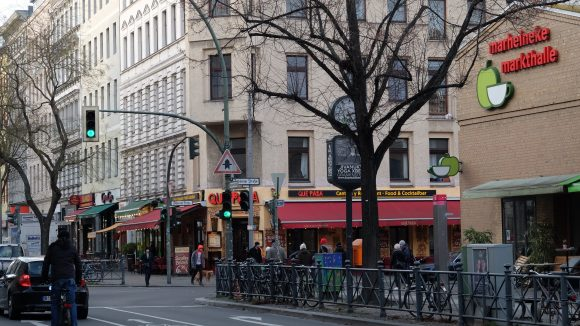 Entlang der Bergmannstraße lässt es sich fabelhaft stöbern.