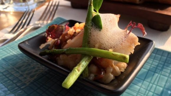 Essen auf dem Restaurantschiff Patio.
