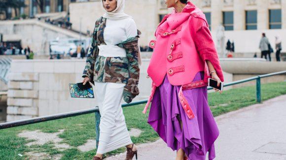 Extravagante Mode und Religion müssen sich nicht ausschließen. ©Sandra Semburg