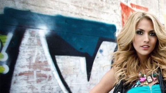 """Die aus """"Germany's Next Topmodel"""" bekannte Fiona Erdmann ist Wahl-Friedrichshainerin."""