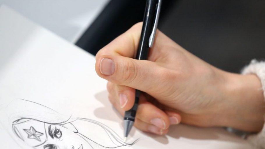 Comics zeichnen kann jeder. Dabei ist egal, ob Fantasiefiguren oder Alltägliches aufs Papier kommen.