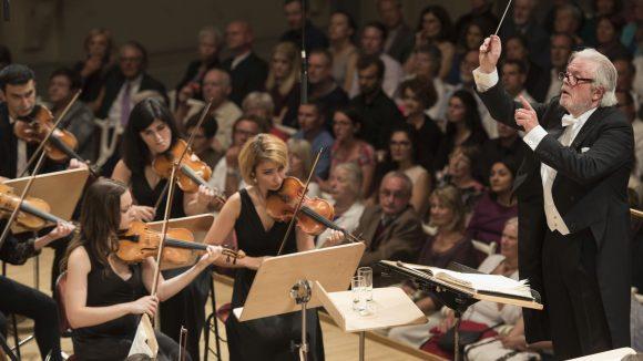 Das Friedensorchester der Young Euro Classic spielte im August 2015 unter der Leitung von Enoch zu Guttenberg die 9. Symphonie von Beethoven. Schirmherr der Veranstaltung war Außenminister Frank Walter Steinmeier.
