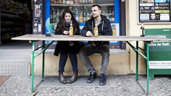 Für Bier ist es noch zu früh, also gönnen wir uns mit Dazzle lieber Apfelschorle. ©Ralph Penno